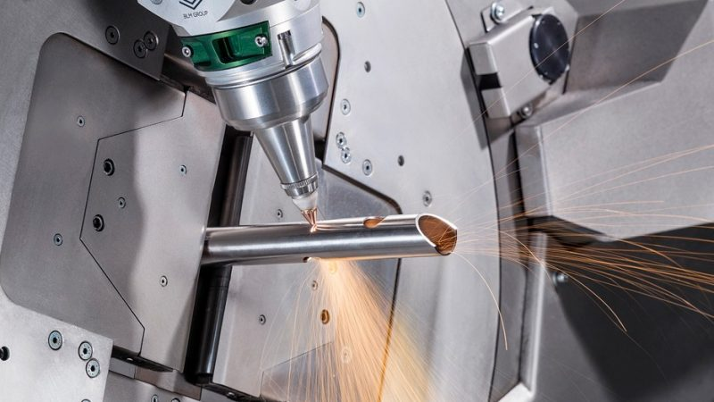 5 reasons to use a tube laser cutting machine