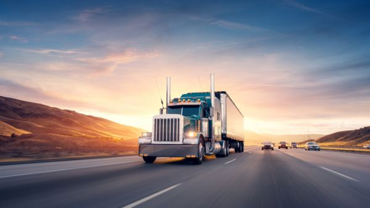 Get Your CDL and Apply For Truck Driving Jobs